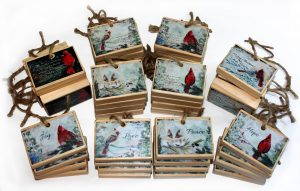 Set of 39 ornaments for wholesale
