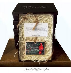 Gift boxed deluxe cardinal ornament